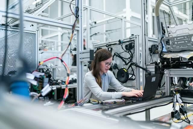 Logiciel suivi production : un ERP au service de l'efficacité